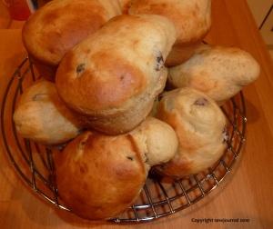 Banana and sultana muffins - 2